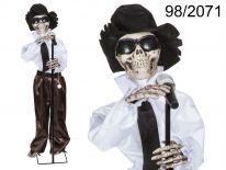 Halloween duch piosenkarza z efektami
